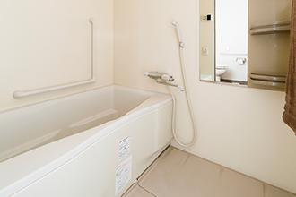 サービス付高齢者向け住宅 万葉のさと梶ヶ谷 浴室