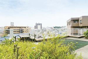 万葉のさと 横浜 交流の場は一息できるくつろぎの空間